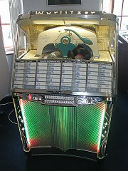 Wurlitzer 1900 jukebox